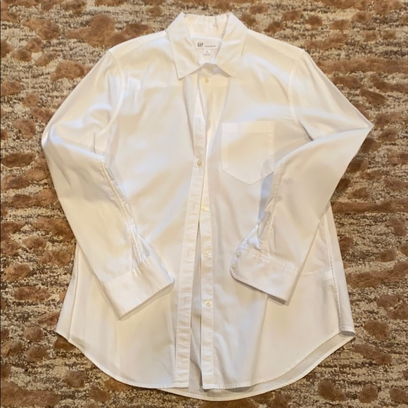 Gap Fitted Boyfriend Button Down- Sz Small EEUC